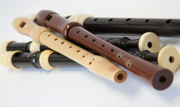 Post Image 6 Musical Instruments That Children Can Learn to Play Flute - 6 Musical Instruments That Children Can Learn to Play