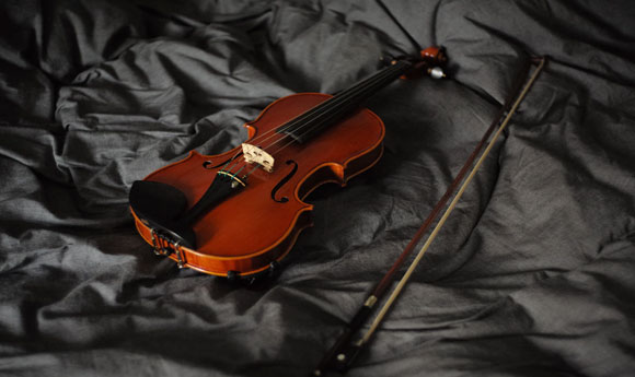 Post Image 6 Musical Instruments That Children Can Learn to Play Violin - 6 Musical Instruments That Children Can Learn to Play