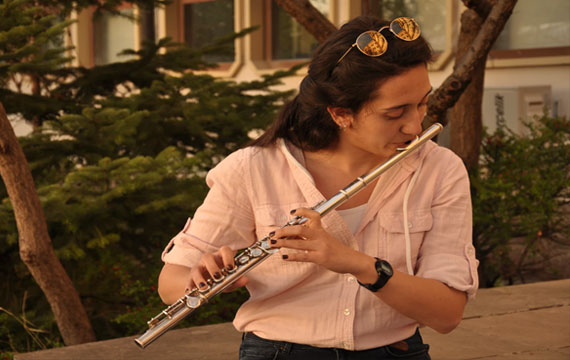 Post Image Guide for Buying Musical Instruments Flute - Guide for Buying Musical Instruments