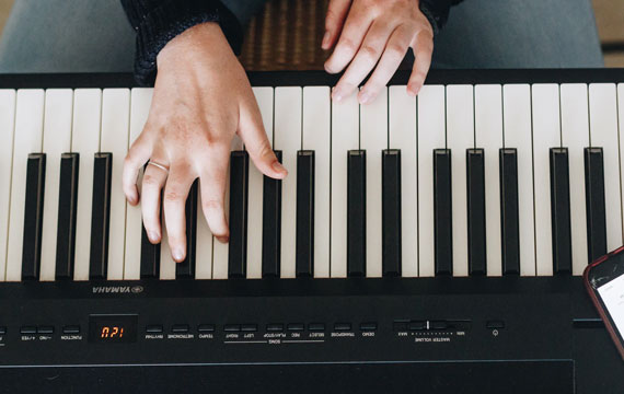 Post Image Guide for Buying Musical Instruments Piano - Guide for Buying Musical Instruments